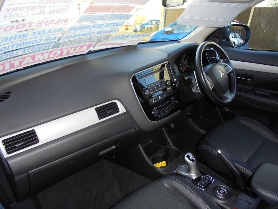 Mitsubishi Outlander 2.0 PHEV GX3h