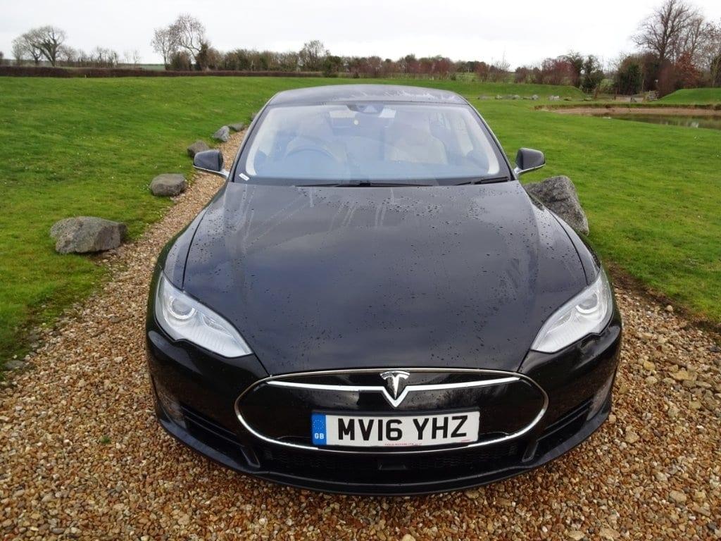 Tesla Model S E 70D
