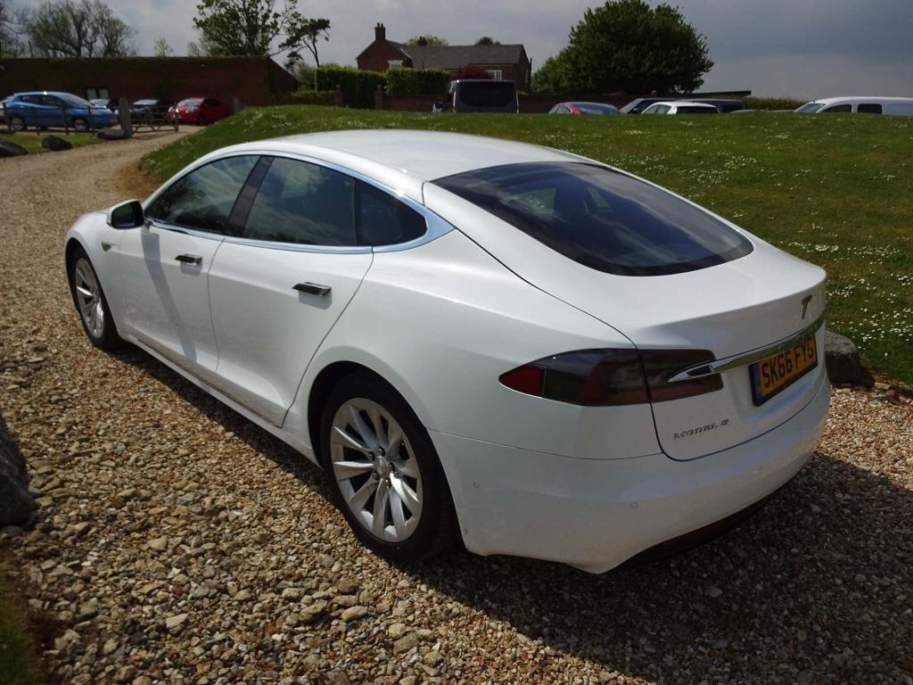 Tesla Model S E 75D (245kw)