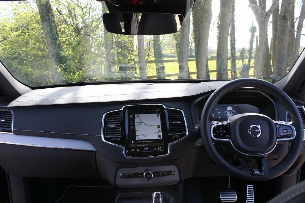 VOLVO XC90 2.0 T8 R-DESIGN PRO AWD