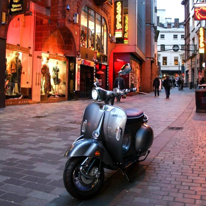 artisan-escooter-delivery-uk-to-door__m