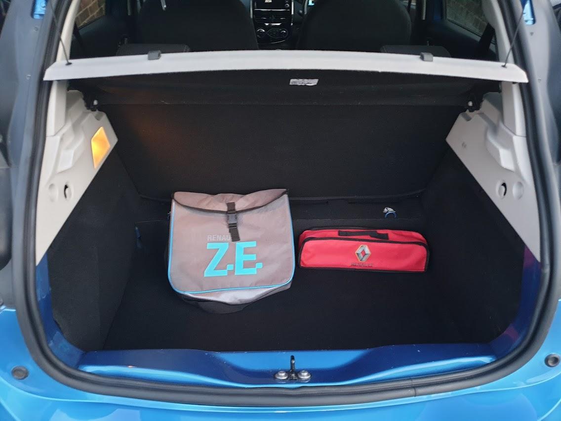 For sale: 2017 Renault Zoe Dynamique Nav R90 Z.E.40, 37651 miles (battery lease) – £11350 o.b.o.