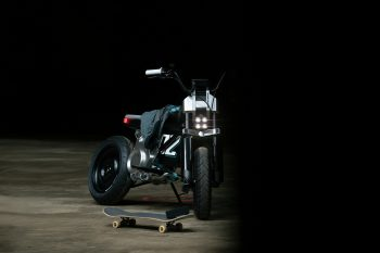 P90433953_highRes_bmw-motorrad-concept